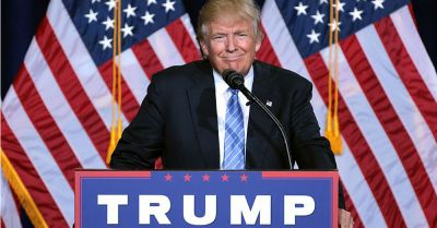 Donald Trump speaking at an immigration policy speech in Phoenix, Arizona