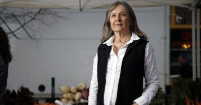 Katherine Paul of the Organic Consumers Association at the Portland Farmers Market