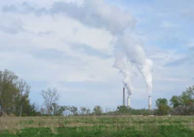 Michigan researchers put price tag on climate liability for fossil-fuel plants