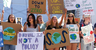 Teens marching for climate.