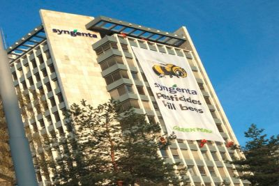 Greenpeace demonstrating on a Syngenta building in Basel