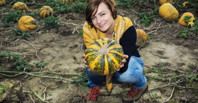Person with a squash.
